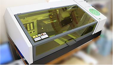 UVプリンター ROLAND Versa UV LEF-200